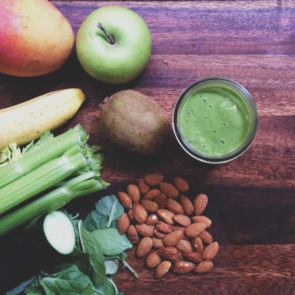 kiwi almond butter green smoothie